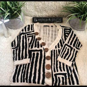 Mint Michael Simon Zebra Sweater Wood Buttons L